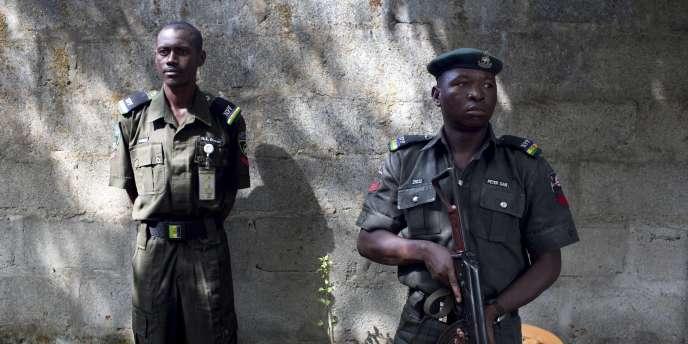 L'attaque s'est produite juste avant un sommet à Paris, à l'issue duquel cinq chefs d'Etat africains ont adopté samedi, avec le soutien des Occidentaux, un plan de « guerre » contre le groupe armé Boko Haram.