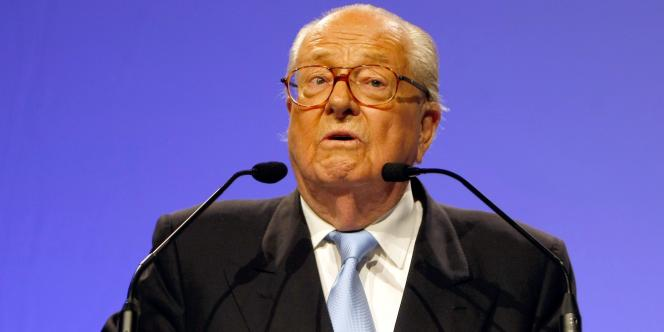 Jean-Marie Le Pen, lors de son discours mardi soir à Marseille.