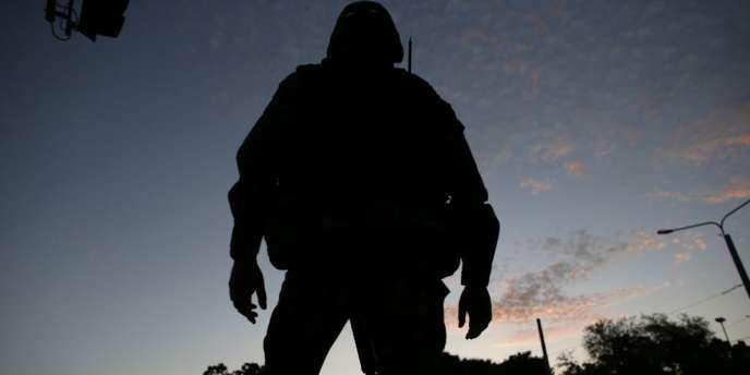 Les Américains disposent actuellement de 32 800 hommes, épaulés par 17 700 alliés et 340 600 soldats et policiers afghans.