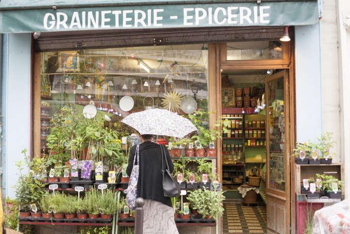 Le symbole du marché d'Aligre, sa Graineterie, la dernière de Paris, fondée en 1895.