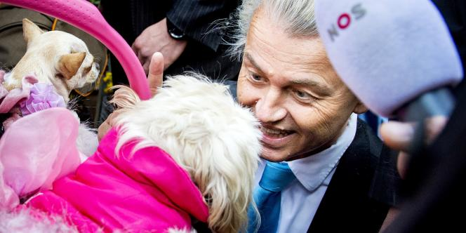 Geert Wilders en campagne à La Haye, le 12 mars.