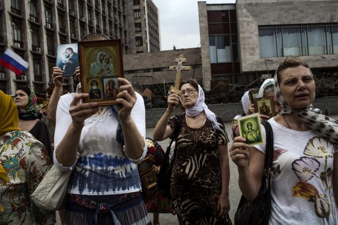 Des orthodoxes prorusses, le 19 mai à Donetsk.