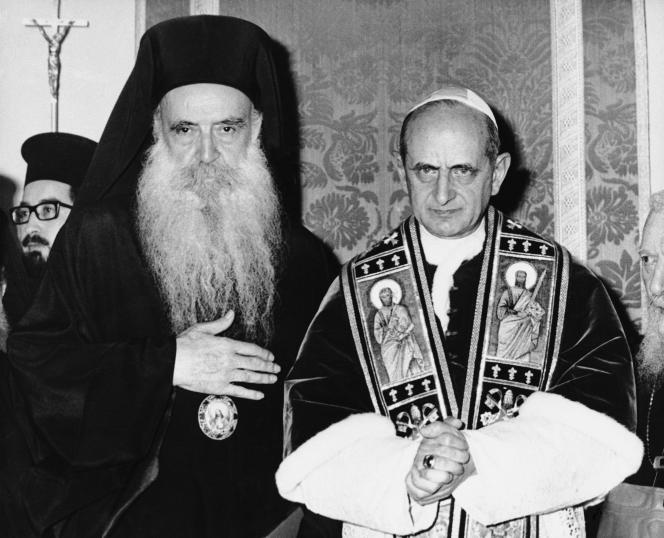 Le patriarche Athénagoras et le pape Paul VI, en 1965 à Jérusalem.
