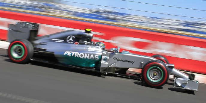 La monoplace du pilote Mercedes Nico Rosberg, samedi sur le circuit en ville du GP de Monaco.