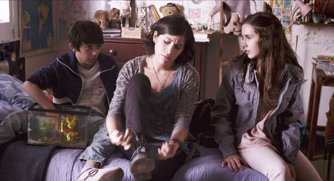 Alejandro Ramírez-Muñez, Ximena Ayala et Andrea Baeza dans le film mexicain de Claudia Sainte-Luce,