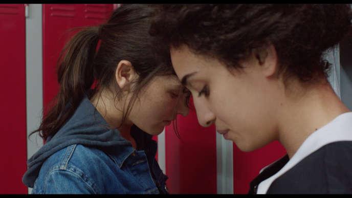 Anaïs Demoustier et Camelia Jordana dans le film français de Pascale Ferran,