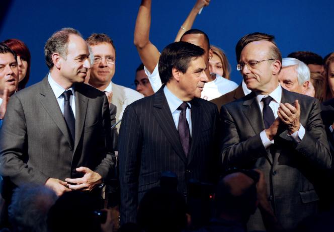 François Copé, François Fillon et Alain Juppé (de g. à dr.), enmai2012.