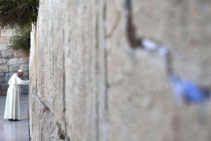 Le pape devant le Mure des lamentations, le 26 mai.
