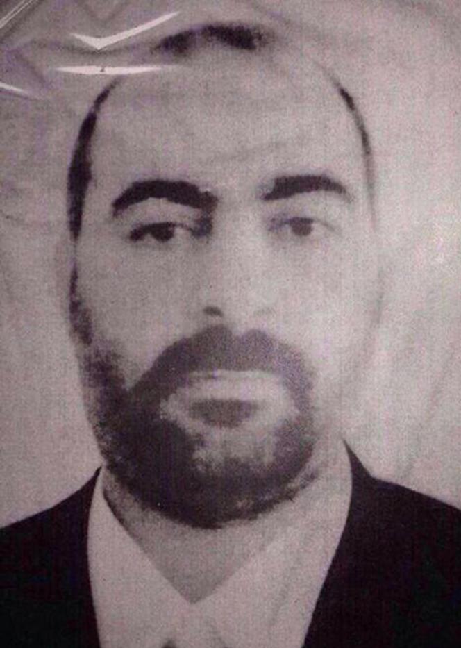 L'une des deux seules photos d'Abou Bakr al-Baghdadi, diffusées par le ministère de l'intérieur irakien et par le FBI.