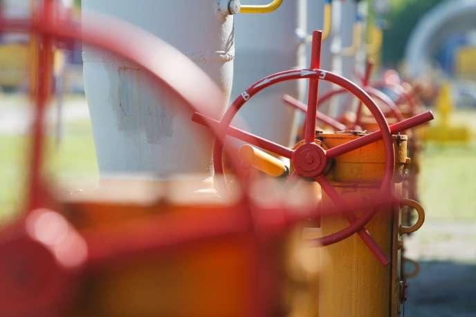 Réservoirs de gaz à Bilche-Volytsko-Uherske, près de Lviv, en Ukraine, en mai.