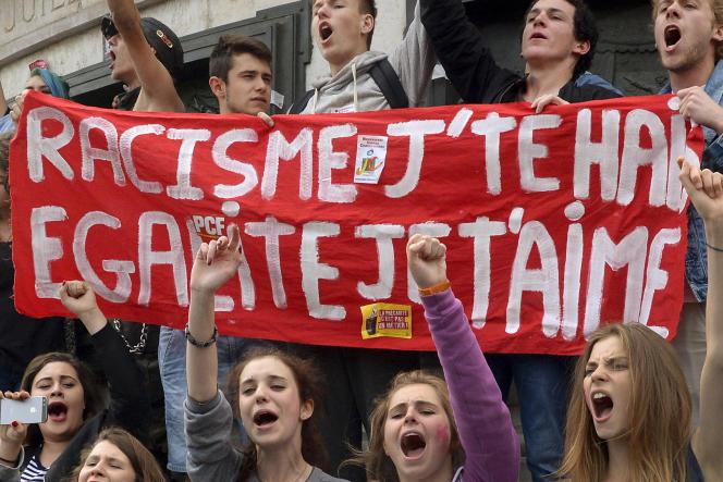 Manifestation contre le FN, à Paris, le 29 mai.