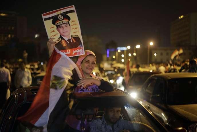 Dans les rues du Caire, mercredi soir 28 mai 2014, avant même l'annonce des résultats. de la présidentielle.