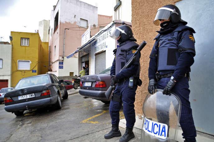 Les neuf suspects faisaient partie d'un groupe basé dans l'enclave espagnole de Melilla, sur la côte méditerranéenne d'Afrique du Nord, et dans la ville marocaine voisine de Nador.