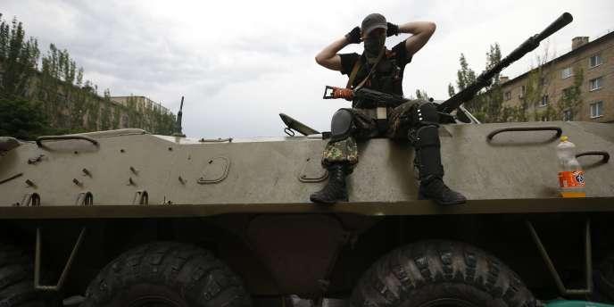 Un séparatiste à Donetsk, le 29 mai.