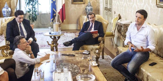 Matteo Renzi au palais Chigi, le siège de la présidence du conseil, à Rome, le 30 mai.
