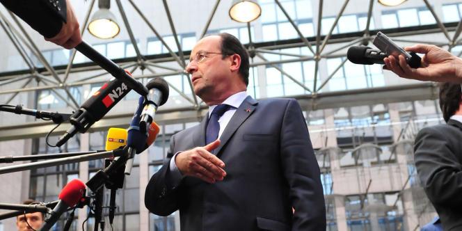 François Hollande lors d'une rencontre avec ses homologues européens, à Bruxelles, le 27 mai.