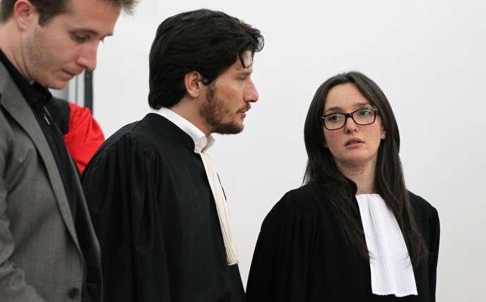 Les avocats Paul et Anna-Maria Sollacaro, enfants d'Antoine Sollacaro, à la cour d'assises d'Ajaccio le 12 mai 2014.