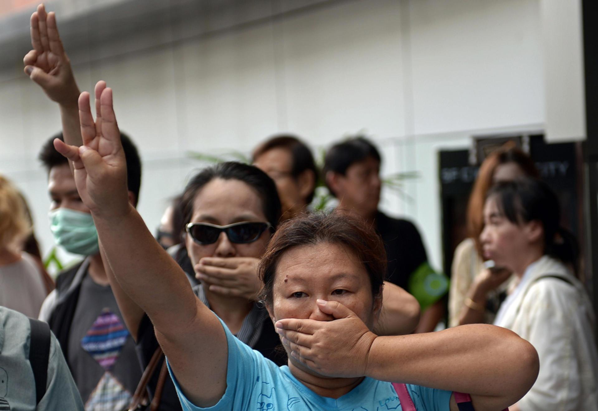 Manifestants à Bangkok, le 1er juin.