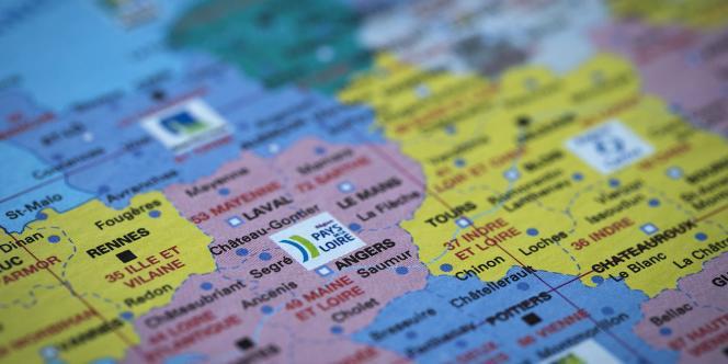 Les désignations des têtes de liste régionales se précisent à l'approche du scrutin, qui aura lieu les 6 et 13 décembre dans les nouvelles grandes régions.