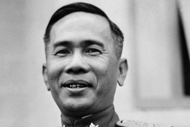 """Plaek Phibunsongkhram (""""Phibun""""), sur une photo publiée en 1947 à Bangkok."""