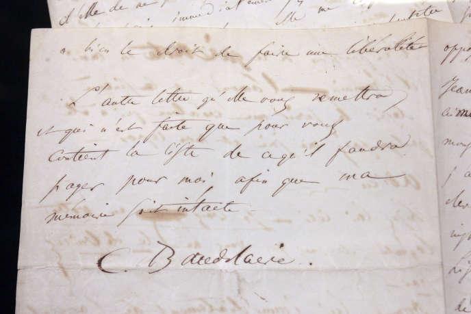 Une lettre manuscrite du poète Charles Baudelaire.