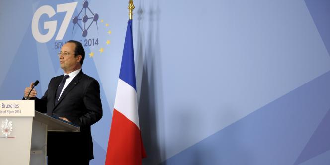 En marge du sommet du G7 à Paris, le président François Hollande a « salué » cette baisse, mercredi 4 juin  : « La BCE a compris qu'il fallait faciliter l'accès aux liquidités des banques. »
