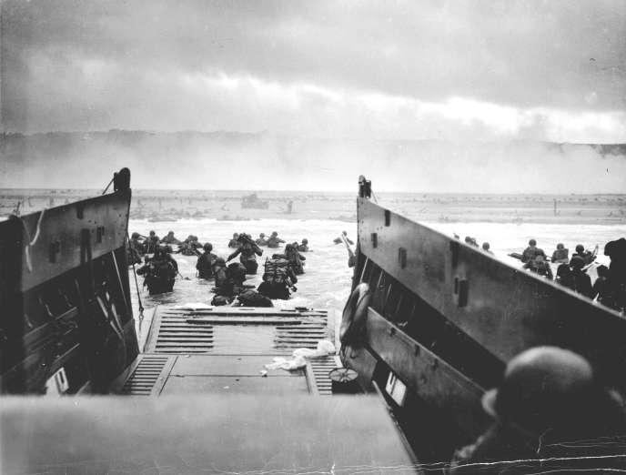 Le 6 juin 1944, les troupes américaines débarquent à Omaha Beach.