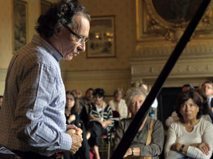 Le pianiste et parrain du festival, François-René Duchâble, au Théâtre du Châtelet, le 3 juin 2014.