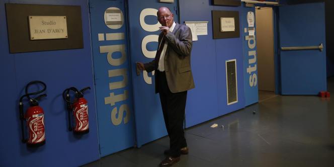 Rémy Plimlin dans les locaux de France 3, lors du second tour des élections municipales en mars.