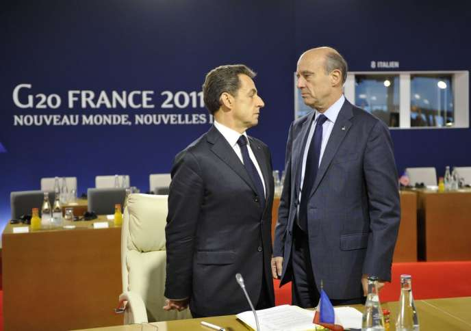Près d'un quart des Français (23 %) préféreraient voir Alain Juppé prendre la tête de l'UMP, loin devant Nicolas Sarkozy, favori des sympathisants du parti de droite.