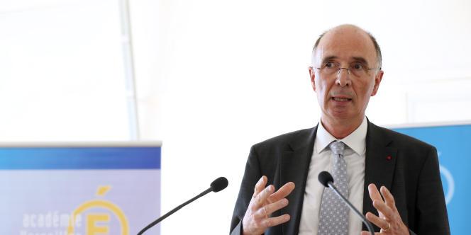 Alain Boissinot était chargé de mener les discussions sur le socle commun de compétence qu'un élève doit avoir acquis à la fin de sa scolarité.