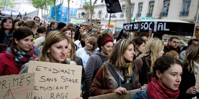Des solutions pour réintégrer la jeunesse dans les sphères économique et politique.