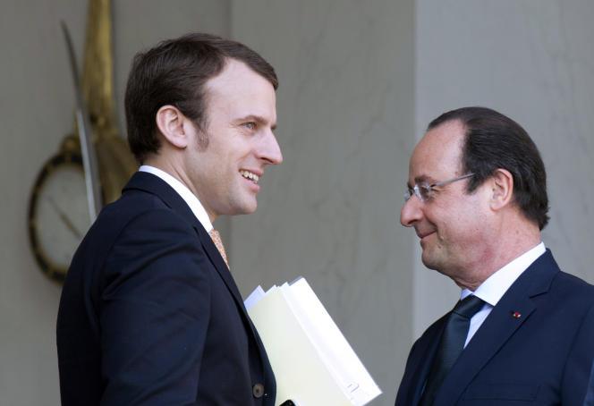 Emmanuel Macron avec François Hollande à l'Elysée, le 26 mars.