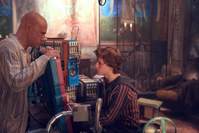 Christoph Waltz et Lucas Hedges dans le film américain, anglais et roumain de Terry Gilliam,