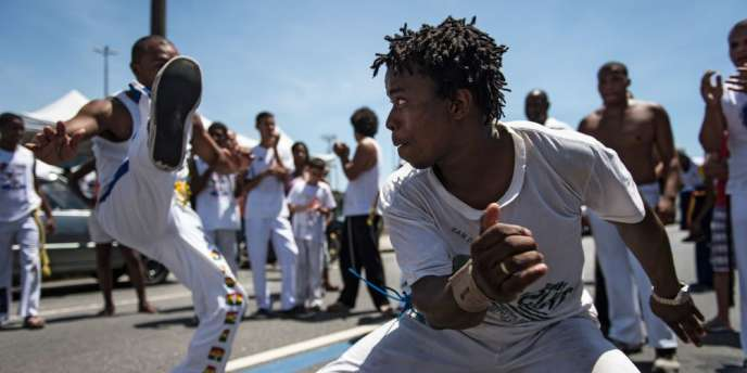 Démonstration de capoeira lors de la Journée de la conscience noire, en novembre 2013 au Brésil.