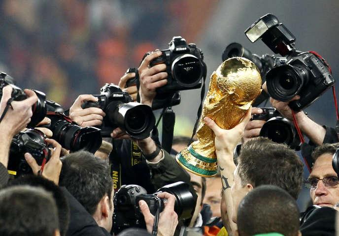 Le champion de la Coupe du monde remportera le trophée et un chèque de près de 26 millions d'euros.