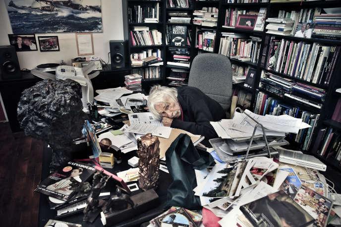 Pierre Richard dans son bureau à Paris, le 3 juin.