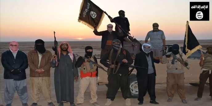 Image extraite d'une vidéo de propagande d'EIIL diffusé le 11 juin 2014. Le document a été filmé dans un endroit non identifié du nord de l'Irak.