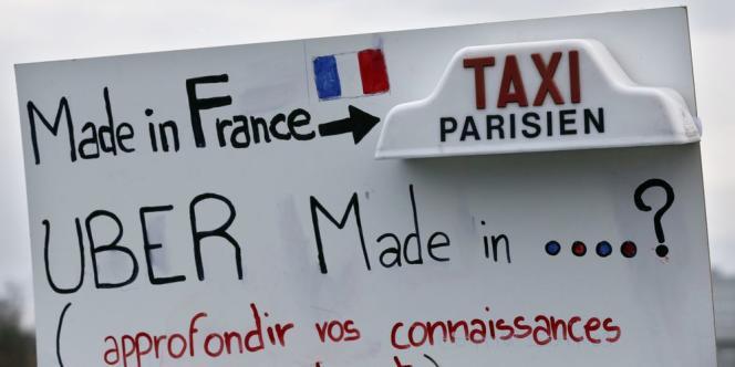 Les taxis observent un mouvement de grève européen pour protester contre la concurrence des voitures de tourisme avec chauffeur (VTC), notamment la société américaine Uber.
