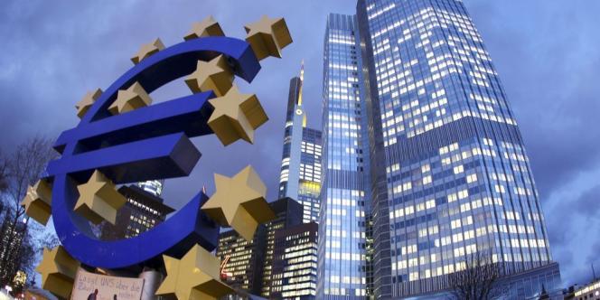 Récemment, la Commission s'est attaquée aux pratiques fiscales agressives des multinationales en ouvrant des enquêtes approfondies visant l'Irlande, les Pays-Bas et le Luxembourg.