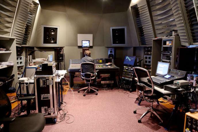 Dans un des laboratoires de l'Ircam à Paris, en mars 2013.