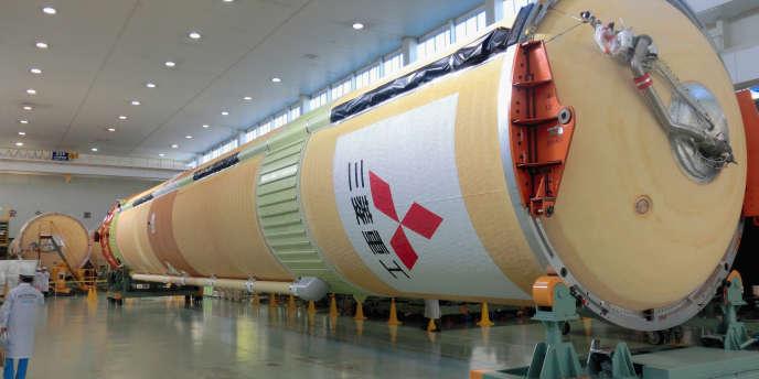 Une fusée H2A de Mitsubishi Heavy Industries sur le site d'Aichi (Japon).