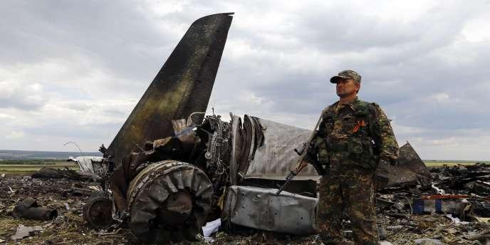 Il s'agit du bilan le plus meurtrier depuis le lancement il y a deux mois d'une opération « antiterroriste » de Kiev dans l'Est rebelle.