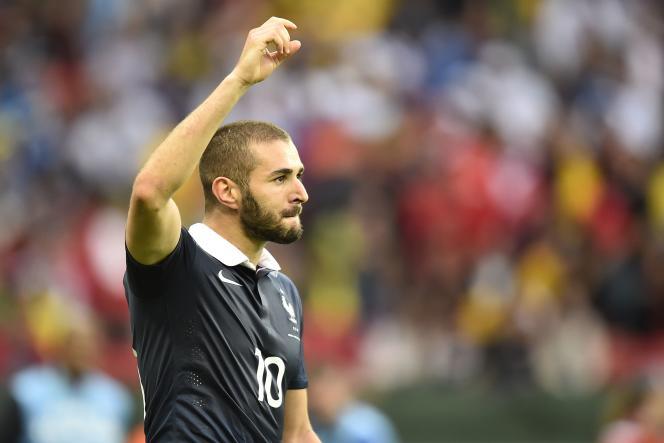 Karim Benzema, auteur de son 22e but en équipe de France, dimanche 15 juin.
