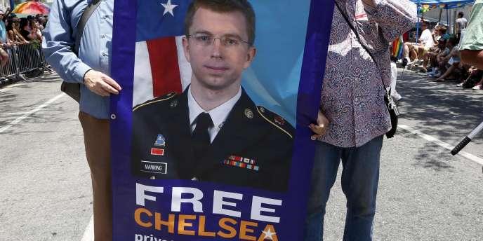 Affiche pour la libération de Chelsea Manning à Los Angeles, le 8 juin.