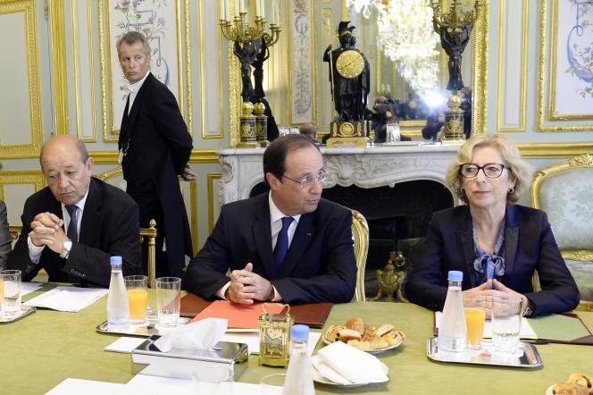 François Hollande et Geneviève Fioraso, le 16 juin, à l'Elysée.