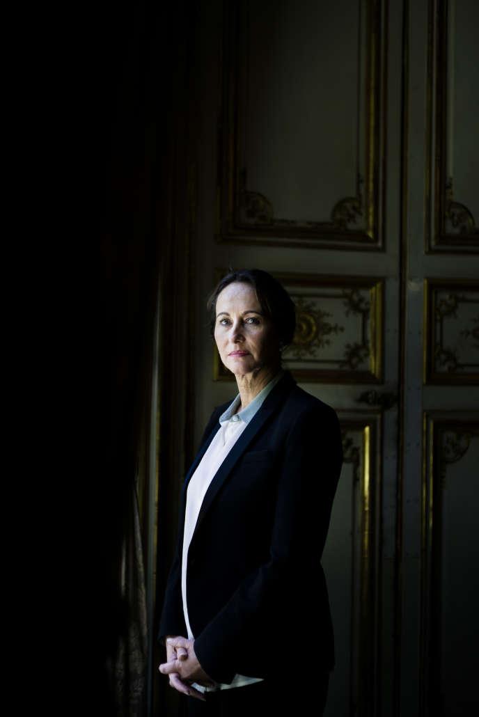 Segolène Royal, le 17 juin 2014 dans son bureau au ministère du développement durable.