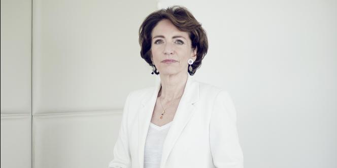 La ministre de la santé, Marisol Touraine détaille les orientations de sa loi de santé publique.