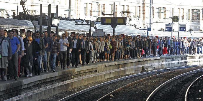 La gare Saint-Lazare à Paris, le 16 juin, pendant la grève à la SNCF.