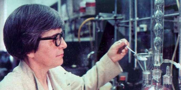 La chimiste américaine Stephanie Kwolek, qui a découvert « par hasard » ce matériau extrêmement résistant et très léger, est morte à l'âge de 90 ans.